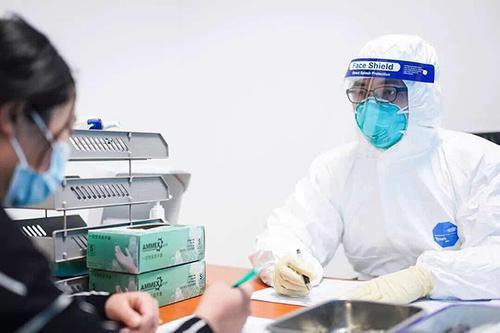 海关对于深圳入境的旅客采取哪些检疫措施?