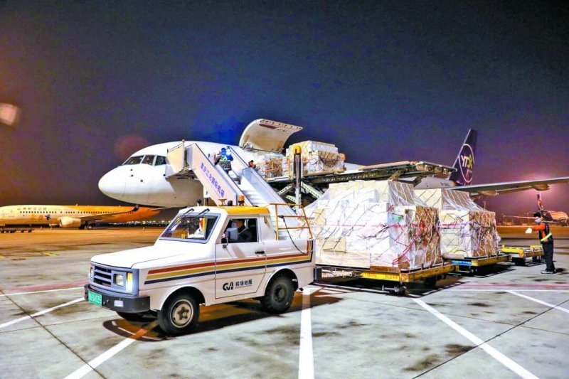 国际物流货运公司浅谈国际快递与国际空运的区别